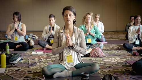 How Meditation Helps To Reduce Financial Stress